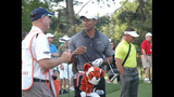 Tiger Woods draws massive crowd at pro-am - (14/25)