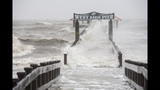 Hurricane Isaac arrives in New Orleans - (12/25)