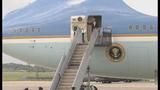 President Barack Obama arrives in Charlotte - (2/11)