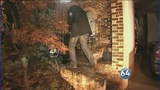 IMAGES: FBI agents go into Broadwell home Monday - (2/20)