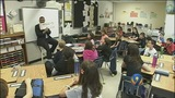 Mayor Foxx reads to students_2960998