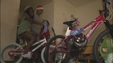 CMPD delivers Christmas gifts to 600 families - (6/10)