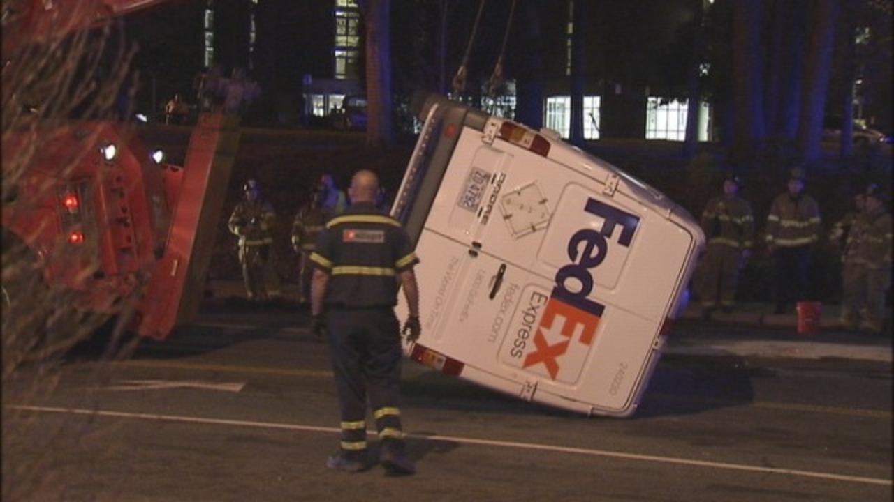 images fedex truck crash near southpark mall wsoc tv images fedex truck crash near southpark mall 2 18