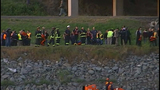 I-5 bridge over Skagit River collapses - (22/25)