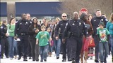 IMAGES: Police shop with children for Christmas - (2/4)