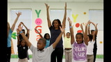 PHOTO: Michelle Obama, Amy Poehler get kids… - (22/22)