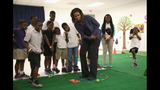 PHOTO: Michelle Obama, Amy Poehler get kids… - (9/22)