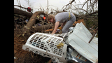 Photos: Deadly tornadoes strike central, southern US - (17/25)