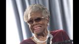 Photos: Maya Angelou through the years - (16/25)