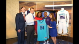 IMAGES: Muggsy Bogues brings new Hornets… - (4/13)