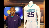 IMAGES: Muggsy Bogues brings new Hornets… - (3/13)