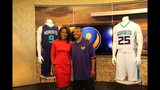 IMAGES: Muggsy Bogues brings new Hornets… - (1/13)