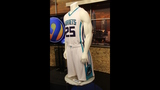 IMAGES: Muggsy Bogues brings new Hornets… - (8/13)