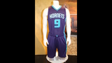 IMAGES: Muggsy Bogues brings new Hornets… - (7/13)
