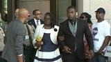 Jonathan Ferrell's family says 'it's not over'_8043408
