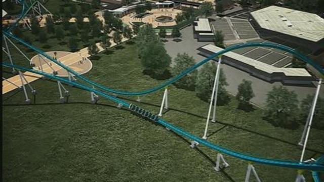 Carowinds new giga coaster stuck for third time, parkgoers say | WSOC-TV