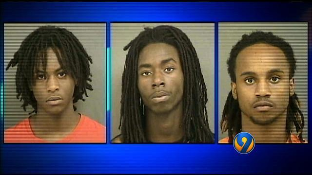 Cmpd Arrests 3 In Connection With Craigslist Robberies Wsoc Tv