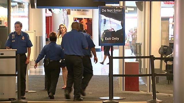 Charlotte airport makes security more visible during holiday travel