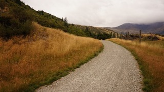Explore unpaved roads with these safety tips!