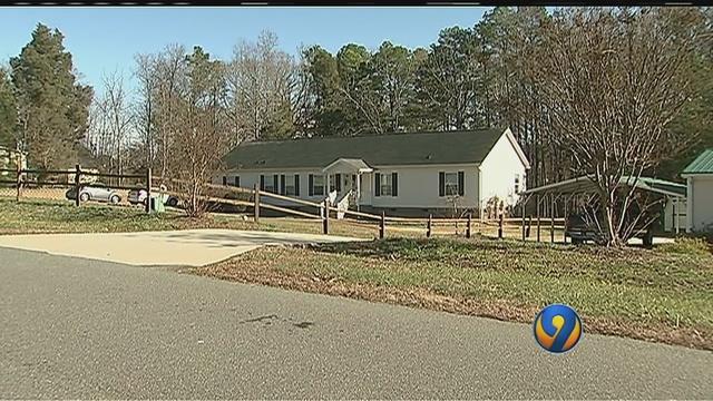 Naked man wanders into NC homes, spooks residents   myfox8.com