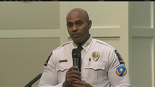 Charlotte leaders meet with community on policing issues