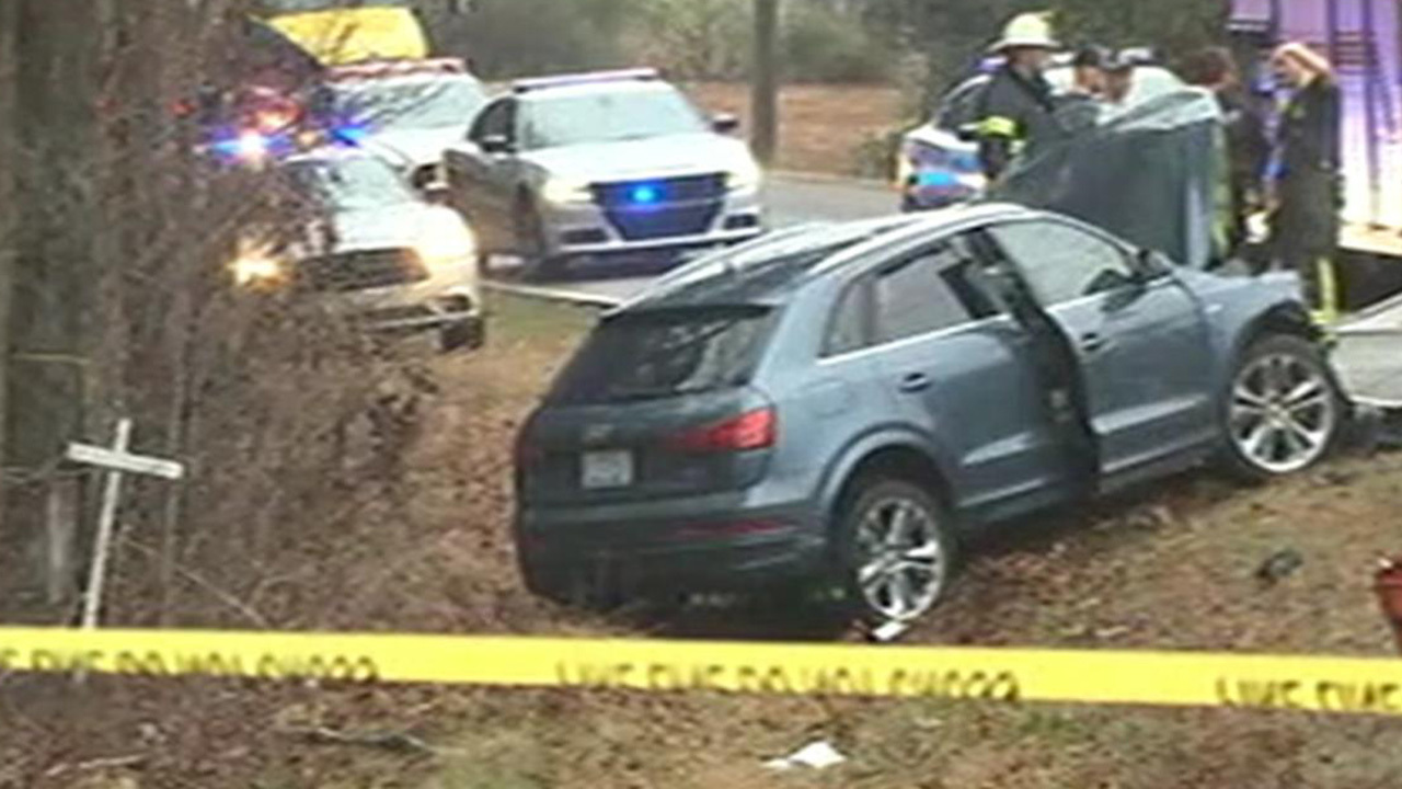 Woman killed in crash in Catawba County early Wednesday