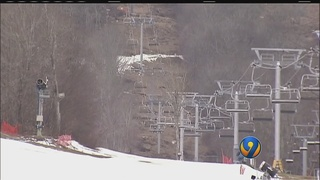 Child left stranded 30 feet in air on NC ski lift, lawsuit claims