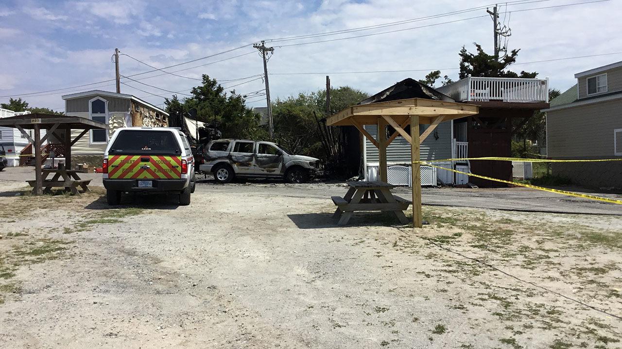 2 die in fire at coastal South Carolina campground