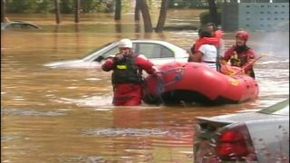 9 Investigates: Meck. Co. works to help families in flood plains