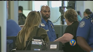 TSA, Charlotte Douglas officials dealing with busy holiday weekend