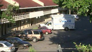 IMAGES: Man shot to death at north Charlotte motel