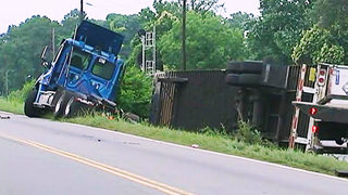 Rozzelles Ferry Road closed after tractor-trailer overturns
