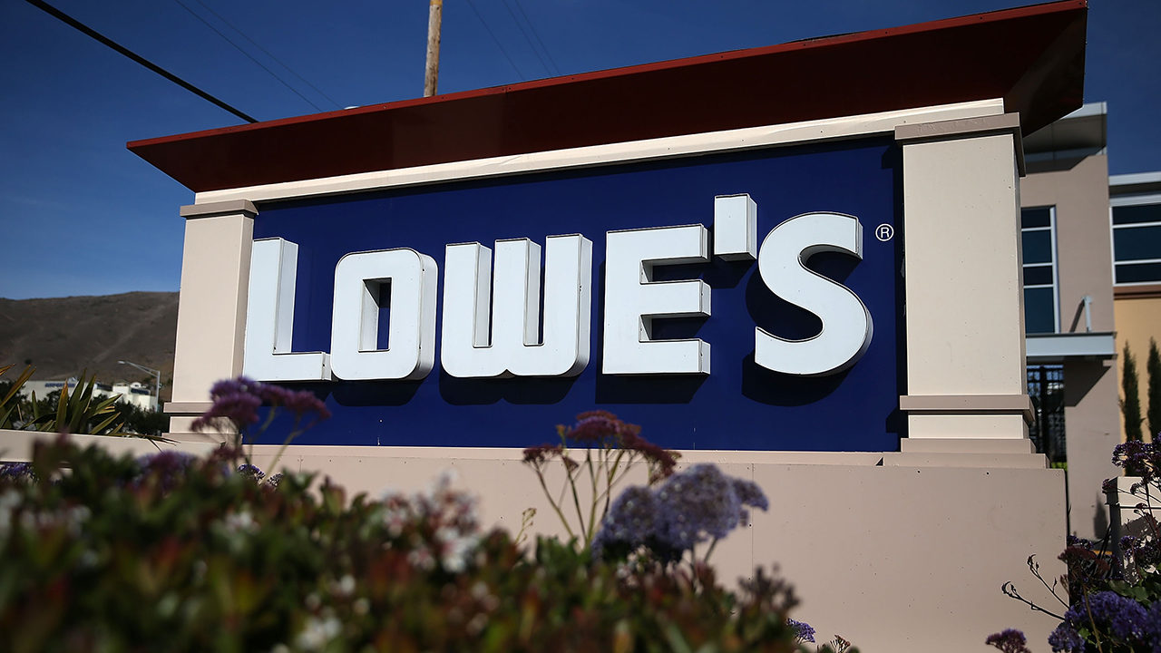 Lowe's hiring more than 400 employees in Mooresville, Wilkesboro