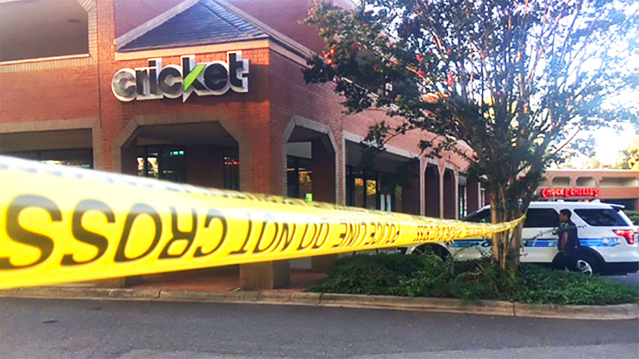 Robber shot to death by security guard inside sweepstakes parlor