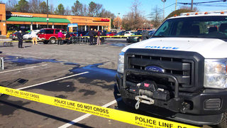 CMPD search for gunman after shooting in shopping center parking lot