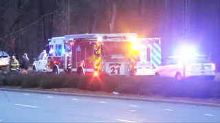 Deadly crash closes portion of Little Rock Road in west Charlotte