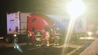 Big rig jackknifes into Jersey wall, closing part of I-85 in Gaston County