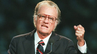 Rev. Graham helped make religion popular, says Davidson professor