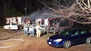 Dozens of firefighters battle overnight mobile home fire near Hickory