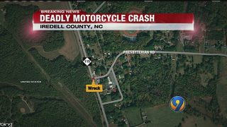 1 killed in wreck involving motorcycle in Iredell County