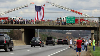 FINAL HOMECOMING: Rev. Billy Graham returns home greeted by family, well-wishers
