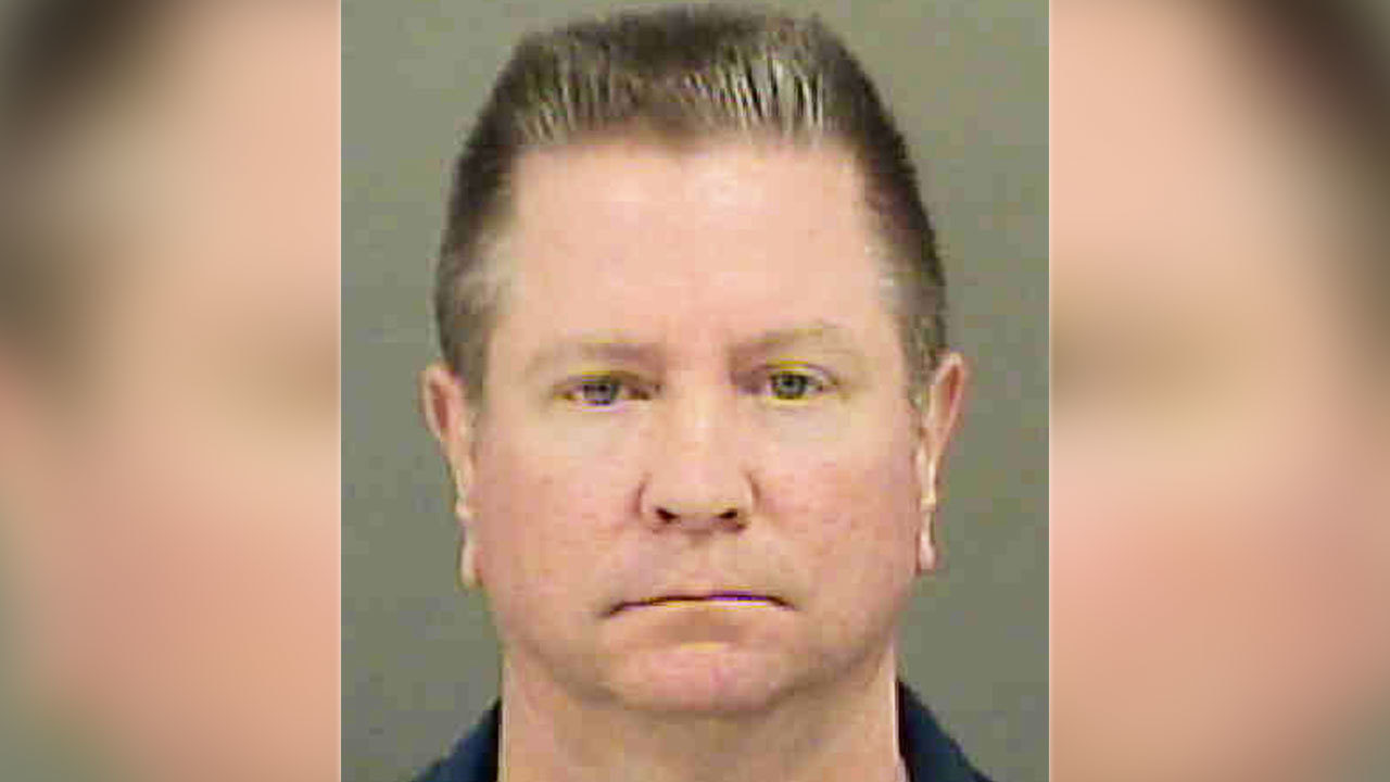 the prosecution of charlotte mecklenburg police officer Official website for the city of charlotte, north carolina charlotte-mecklenburg police department hq: 601 e trade street charlotte, nc 28202 phone: 704-336-7600 fax: 704-336-6599.