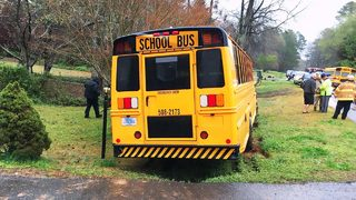 Several students hurt when school bus runs off road near Rock Hill