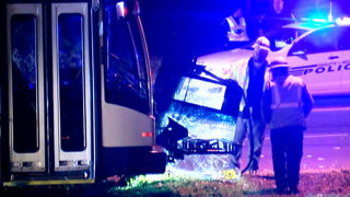 5 injured, 2 critically, when car, CATS bus collide in west Charlotte
