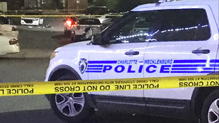 Man critically injured in shooting at north Charlotte Days Inn