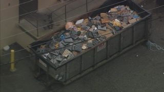 Vandals cut power lines to Food Lion forcing store to throw away large amount of food