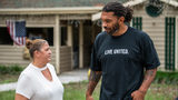 Julius Peppers assisting with hurricane relief efforts in Lumberton, N.C.