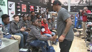 Former Panther Steve Smith gives local children Dick