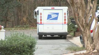 Investigators use tracking device, catch man stealing mail from south Charlotte homes