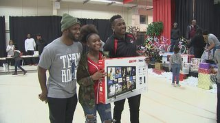Panthers players step up to give families holiday experience